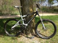 Selling my Large full suspension Rocky Mountain ETSX