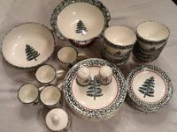 Set of Furio Christmas Tree Sponged Green Pattern