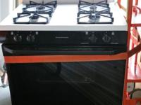 White, General Electric, Gas Stove with Extra-large,