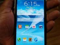 Galaxy Note 2 for sale, has a broken screen but works