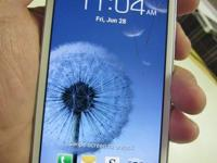 Nice Beautiful Samsung Galaxy s3, fully functional,