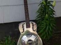 Galveston 19 fret Dobro Guitar, in near new condition.