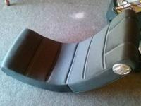 Black Game Chair in great condition Need to order cords
