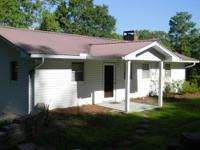 GANTT LAKE VACATION HOME Location: Andalusia, AL