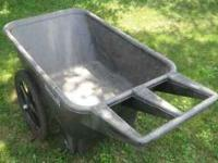 Rubbermaid plastic yard cart in good condition. Sells
