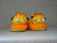 Garfield Slippers XL 11-12 NEW good clean condition