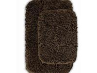 This heavyweight shag bath rug will fit easily into any