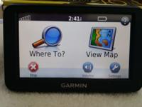 Garmin Nuvi 40LM GPS Navigotor, LIKE NEW! Comes with
