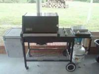 Gas Grill $125.00 call Sabrina @  Location: Elon