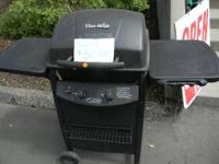 Clean Propane gas grill -Charobroil brand  Even has