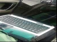 Gateway laptop in good condition that does turn on and