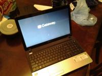 Windows 8, Barely used, looks brand new & comes with