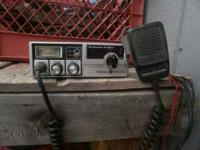 GE 40 channel CB radio with PA. $20 cash. Call or text