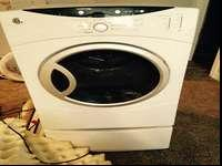 Gas Dryer in good working, selling because we upgraded.