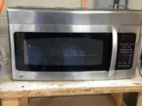 GE SpaceMaker II Black GE Microwave in excellent