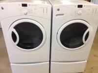Here is a GE washer and clothes dryer set that works