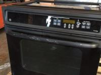great conditon in wall electric oven. some scretch on
