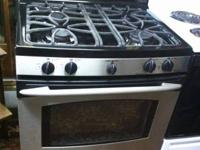 GE Profile Dual Fuel Convection Oven in excellent
