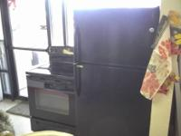 NICE GE SIDE-BY-SIDE REFRIGERATOR! IT IS A WHITE