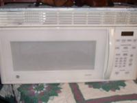 GE SPACEMAKER WHITE OVER RANGE MICROWAVE (
