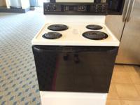 GE White & Black Range Stove Oven - USED Freestanding