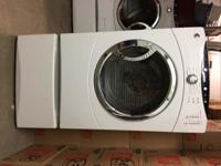 Washer - Energy Star 3.5 cu. ft. Front loading with