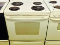 GE White Electric Stove/Oven. Super Capacity. 1 Month