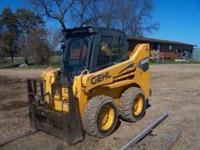 For sale Gehl 4840 skid steer with 2 speed drive, 1560