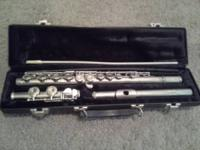 Nice flute in pretty good condition, hasnt been used in