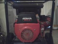 Honda 20.0 hp V-Twin 10,000 Watts only 75 hours on it