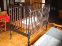 SELLING GENTLY USED FULL SIZED CRIB; THIS CRIB WAS