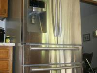 Am selling a Samsung 28cu ft stainless steel french