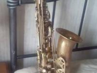 I HAVE A BORGANI VINTAGE ALTO SAXOPHONE FOR SALE. IT IS