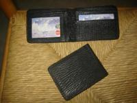 Genuine soft and confortable shark skin men's wallets.