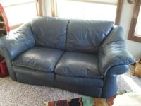 For sale: Natuzzi leather loveseat , Navy blue in