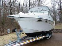 1999 Crownline CR290 w/2007 Loadmaster Trailer. $