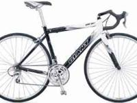 Giant OCR 1 Road Bike Excellent Shape, Barely any miles