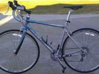 "FOR SALE GIANT ROAD BIKE 53-54CM fits 5'5"" to 5'9""."