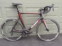 Giant Propel Adv Pro in an XL frame size. Full carbon