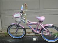 Instruct your little girl to ride with the cool, trendy