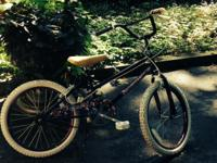 Selling a girl's bike, 16-inch wheels, purple and