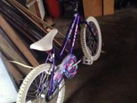 Girl's purple Barbie bicycle This ad was posted with