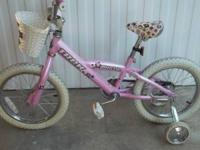 Really BEAUTIFUL bike in excellent condition with