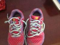 Girl size 12.5 new balance tennis shoes * like new