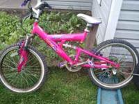 hi i have a girls mountain bike that i am asking 20$