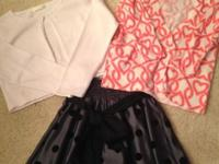 See 4 pics Short sleeve Gymboree blouse size 7 - $3 Two