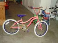 Girls bike $10 Bike in good shape (frame, tires, handle