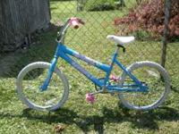 Girls Bike for sale.....great condition only asking