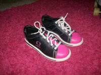 Circle Brand girls bowling shoes, pink and black, size
