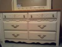 Girls Broyhill bedroom furniture - bought at Andres